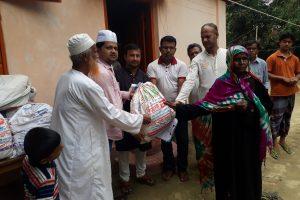 কোবা'র ১০ দিনের ইফতার ও ঈদ সামগ্রী পেল 'আপন ঘর' র ৫০ পরিবার