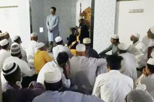 ফেলনা-চাঁন্দিশকরা বায়তুল ফালাহ জামে মসজিদে দোয়া ও ইফতার অনুষ্ঠিত