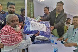 কুমিল্লায় দুস্থদের মাঝে শীতবস্ত্র বিতরণ করল রক্তকমল ফাউন্ডেশন