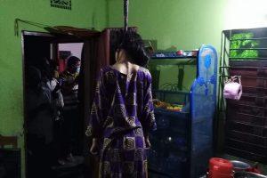 চৌদ্দগ্রামে ফাঁস দিয়ে গৃহবধূর আত্মহত্যা